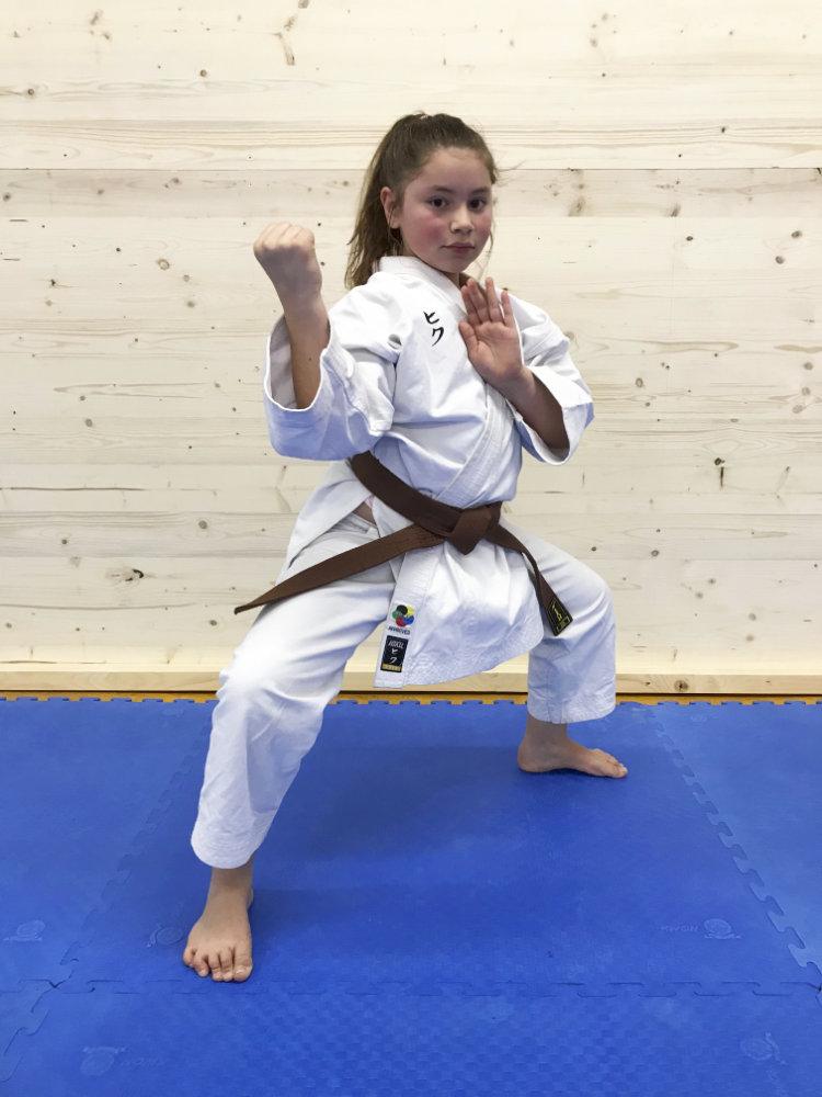 Action Aylin Elena Salzmann
